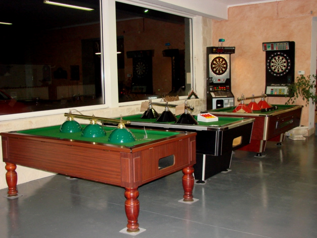 table billard occasion table billard occasion with table. Black Bedroom Furniture Sets. Home Design Ideas